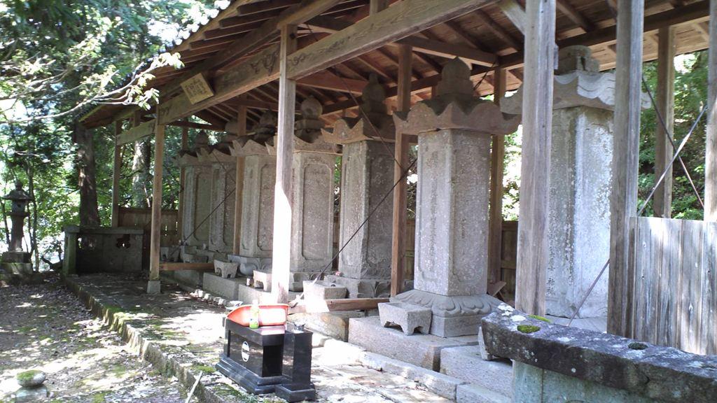 壺渓御廟1.JPG